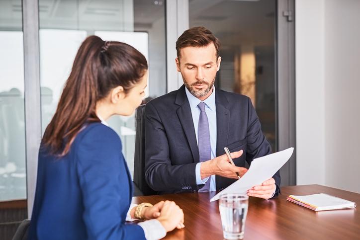 Un versement d'argent ou la transition de carrière : le grand dilemme