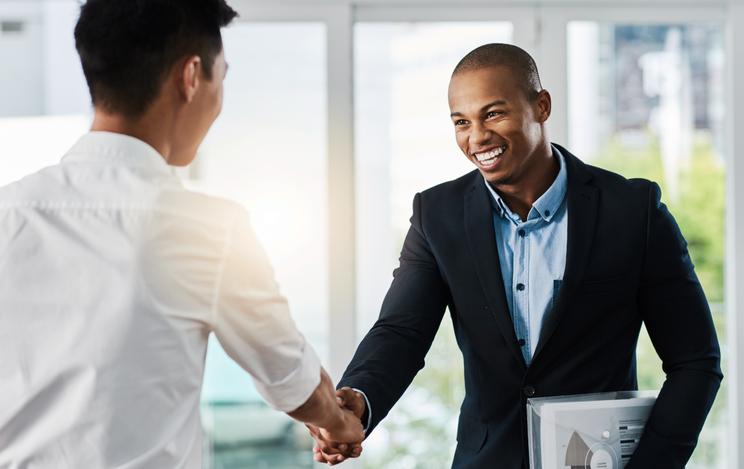 Six questions que vous devriez poser lors d'une entrevue